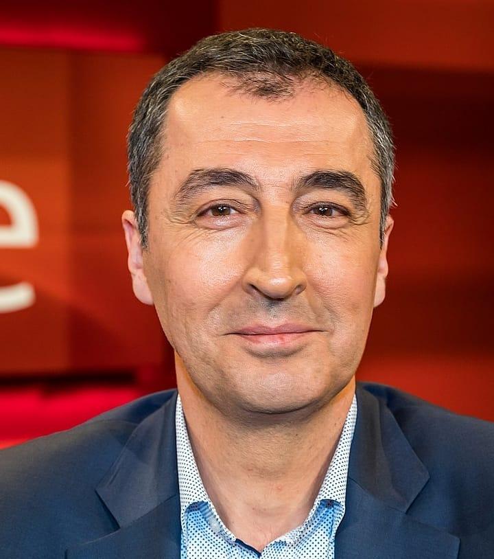 Джем Оздемир